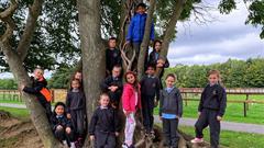 Treehouse trip to Newbridge House & Farm